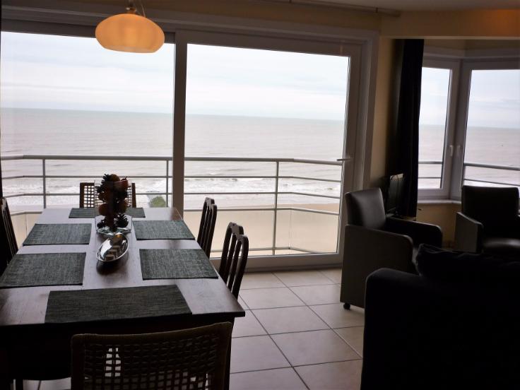 ostende appartement sur la digue avec vue sur mer immoweb ref 1007374. Black Bedroom Furniture Sets. Home Design Ideas