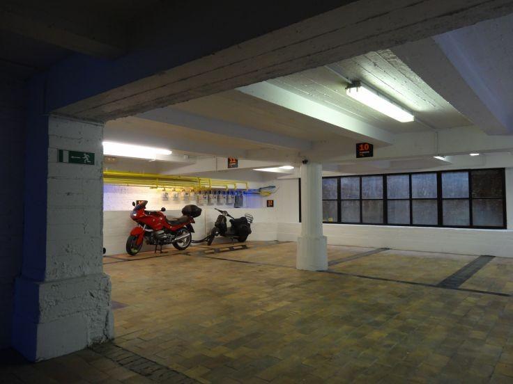 Emplacement intérieur àlouer à Bruxellesville au prixde 125 €- (4800602)