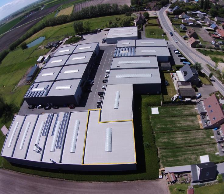 Immeuble industriel tekoop te Gistelvoor 265.000 €- (5741067)