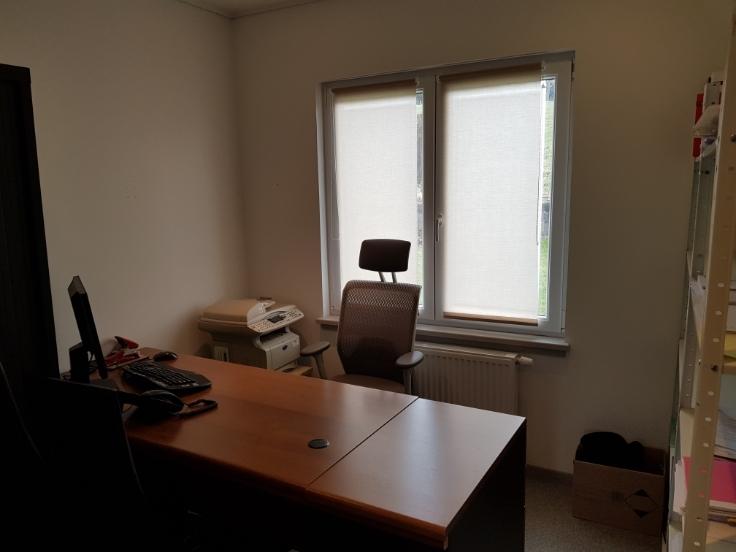 bureau louer cp 5500 dinant et entit s. Black Bedroom Furniture Sets. Home Design Ideas