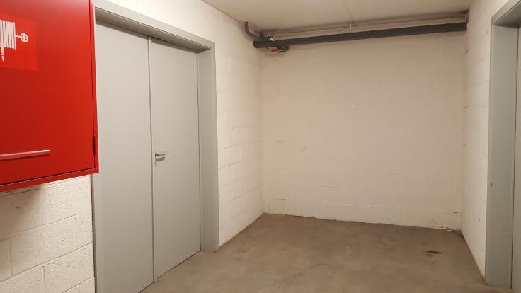 bureau louer hainaut province. Black Bedroom Furniture Sets. Home Design Ideas
