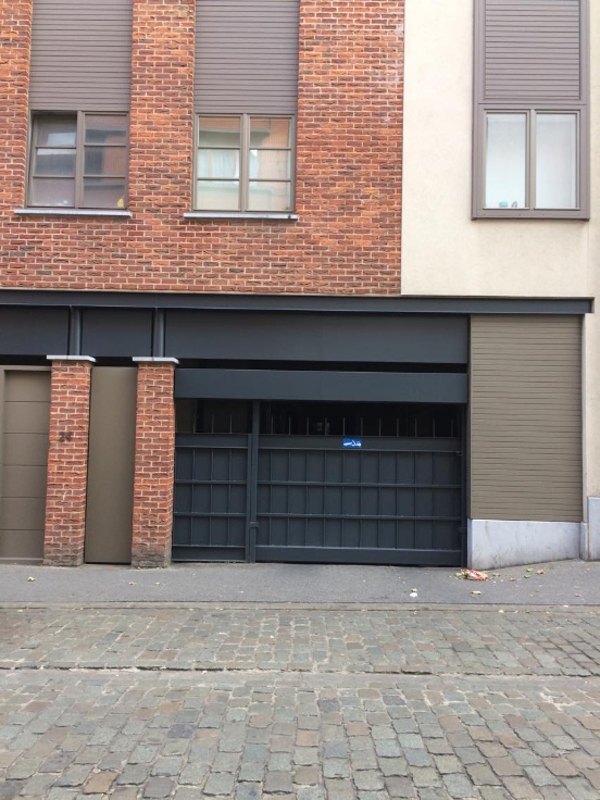 Garage louer belgique location for Garage securise a louer