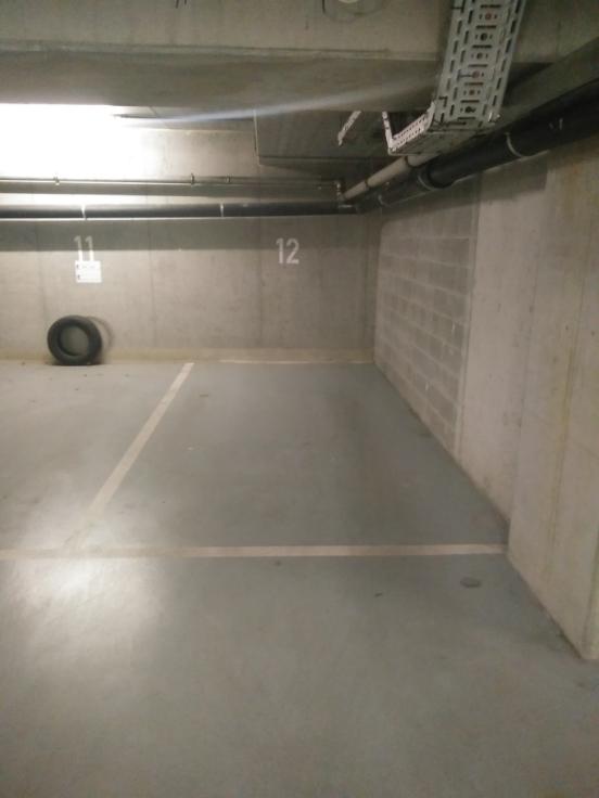 Emplacement intérieur àlouer à Bruxellesville au prixde 100 €- (8132274)